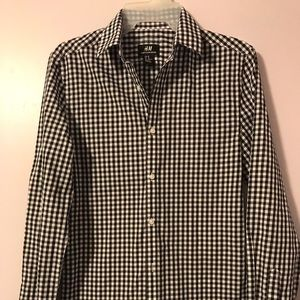 H&M long sleeve black white plaid shirt XS EUC